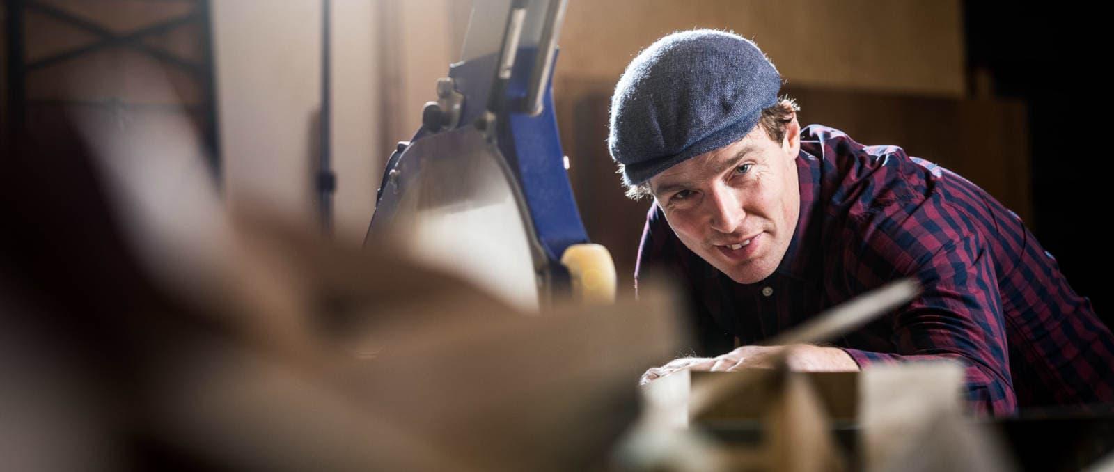 Lars Wilmer in der Manufaktur