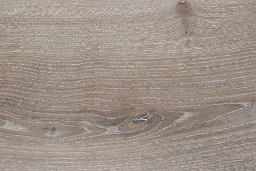 Holzoberfläche stark weiß geölt