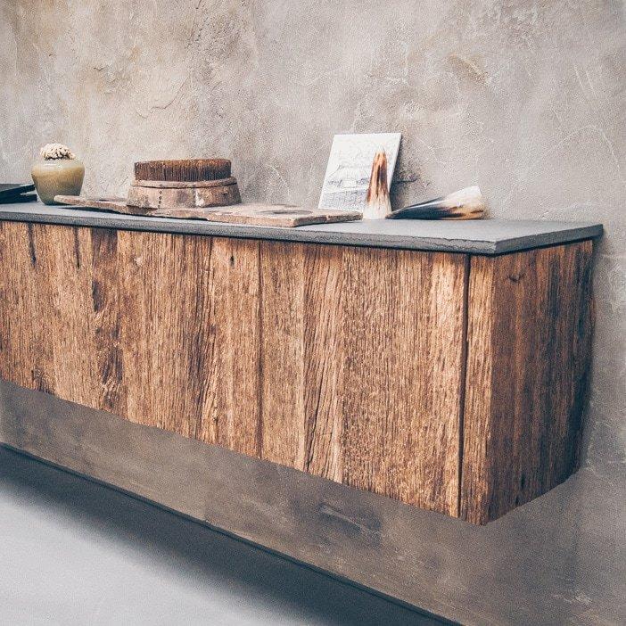 Schöne Holzmöbel | Volksbank Greven